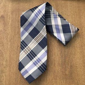 NEW Banana Republic Men's Plaid Blue Silk Tie
